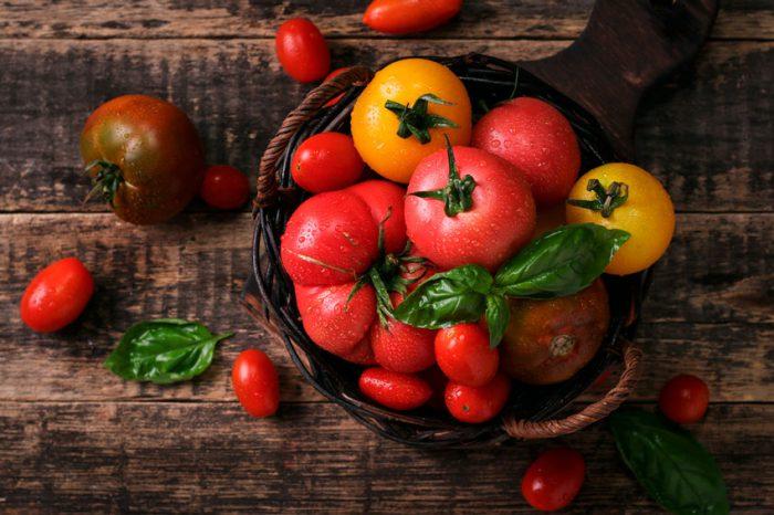 отличия различных сортов томатов