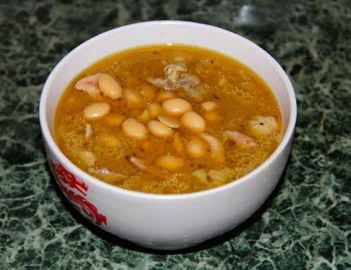Суп с долихосом и коксовыми сливками